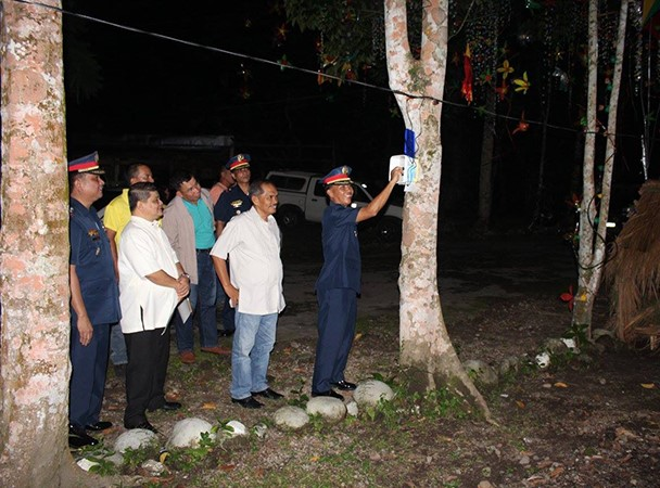 VINZONS MUNICIPAL POLICE STATION, WAGI SA KAUNA-UNAHANG CNPPO DESIGN AND LIGHT A TREE CONTEST SA CAMP WENCESLAO Q. VINZONS SR.!