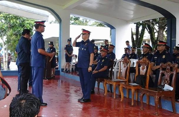 PARACALE PNP, TOP 1 PERFORMING POLICE STATION SA BUONG REHIYONG BICOL!
