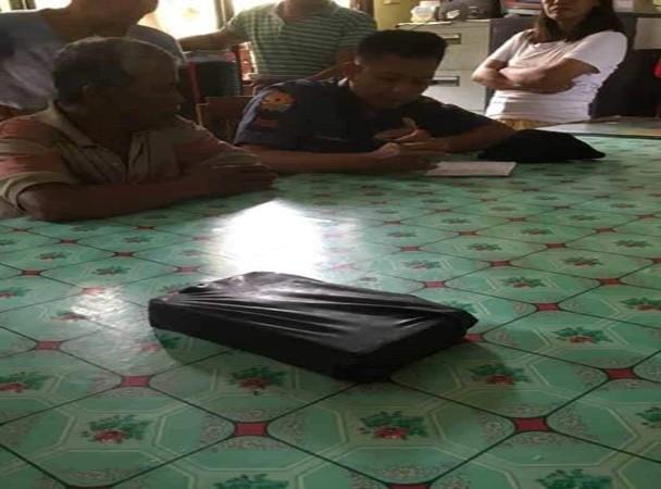 Dalawang kahon ng iligal na droga magkasunod na narekober sa mga karagatan ng Vinzons, Camarines Norte!