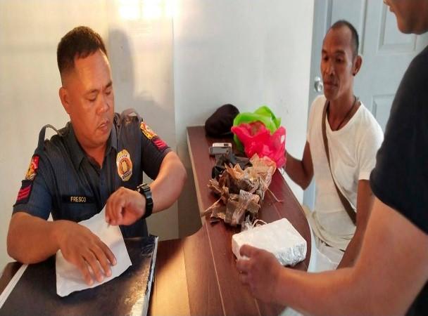 Pangatlong kahon ng Cocaine sa dalampasigan ng Camarines Norte natagpuan sa bayan ng Paracale!