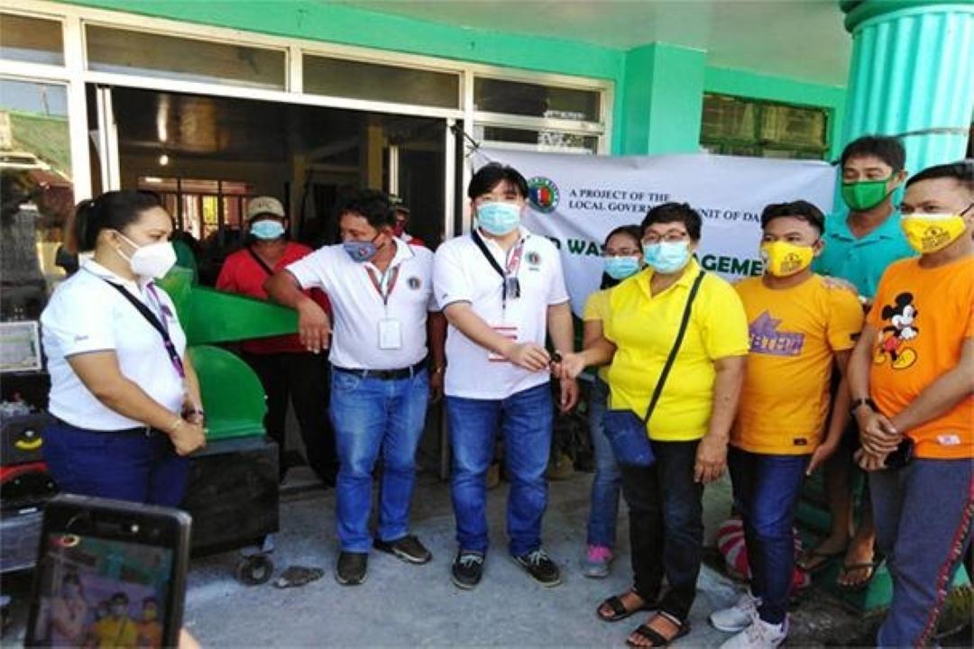 SOLID WASTE MANAGEMENT ON WHEELS, INILUNSAD SA BRGY COBANGBANG KAHAPON